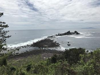 真鶴岬と三ツ石.jpeg